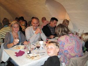 Glada gäster som lät maten smaka. Bild: Privat.