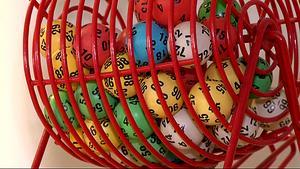 Från och med 1 januari införs 18-årsgräns för att delta i ett lotteri som omfattas av tillstånd från exempelvis länsstyrelsen eller Lotteriinspektionen.