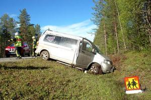 En trafik- olycka med sju skolbarn inträffade på torsdagsmorgonen. Barnen fick föras till hälsocentralen i Strömsund.Foto: Jonas Ottosson