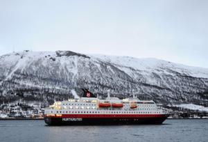 Signaturen Svenne förfäras över att det är så dyrt att åka Hurtigruten.