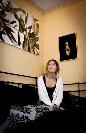 Diza Bergman Sköld, 16, gillar den kreativa känslan i sitt rum.
