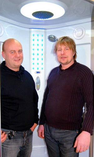 Mikael Malmqvist och Kent Grenholm satsar hårt på frågor som rör energi, uppvärmning och liknande. Foto: Lars Dahlström