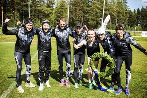André Jonsson, Qvintus Rost, Robin Bryntesson, Andreas Svanebo, Simon Jörgensen, Perra Hellström, Oskar Kardin. Alla ingick de i Sportsgym-laget som vann. Saknas på bilden gör Anders Svanebo.