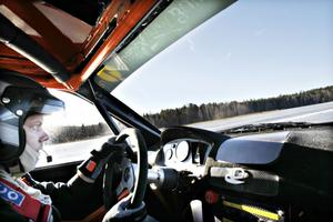 Tobias Söderqvist, AMF Årsunda, leder SM i klassen trimmat tvåhjulsdrivet.