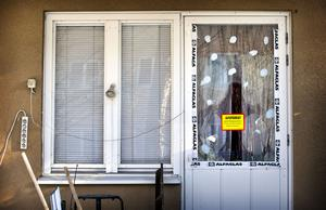 För 2,5 år sedan sköts en man ihjäl på Skallbergsgatan. Mannen sov på en madrass i vardagsrummet och sköts genom altandörren. 36-årige Alexander Faili dömdes för mordet.