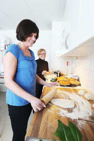 Ing-Mari Dagh och Anna-Karin Persson driver Julibacken med hjälp av nio anställda i dag.