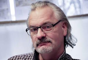 – I Ludvika står sig Knutsbo starkast, säger Mats Hansson vid Fastighetsbyrån som också berättar att Söderbärke är speciellt. Just till Söderbärke råder efterfrågan på villor/fritidshus även från övriga landet.