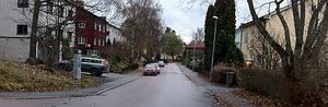 Här i närheten av Målargatan blev en man misshandlad. Två gärningsmän slet ut honom ur bilen.