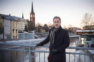 Sundsvalls före detta kommundirektör Stefan Söderlund kan ligga bra till att ta över som ny vd i Näringslivsbolaget.