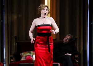 Marianne Hellgren Staykov är den senaste mottagaren av Schymbergsstipendiet och tog initiativ till söndagkvällens konsert till Hjördis Schymbergs ära, där hela behållningen går till Schymbergstiftelsen.