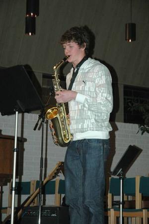 glad saxofon. Josef Mattsson framförde Den skrattande saxofonen.
