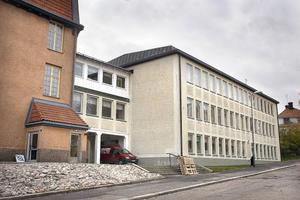 Ett tillbud vid Läroverket har lett till att Arbetsmiljöverket hotar Hudiksvalls kommun med vite.