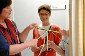 I samband med att namnet, Freja, antogs av vårdcentralen i Fellingsbro och Frövi gjordes sammanslagningen dem emellan officiell genom att personal knöt ihop ett band under verksamhetschefen Carine Norströms uppsikt.