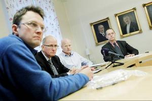 Östersunds VA-chef Rickard Johnson (i förgrunden) anser att kommunens avloppssystem håller en god nivå.