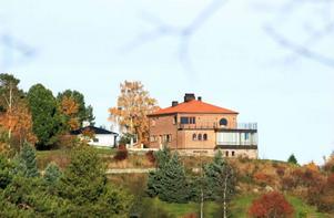 Så ser det ut, villan på Frösön som nu sålts för 10 miljoner kronor.
