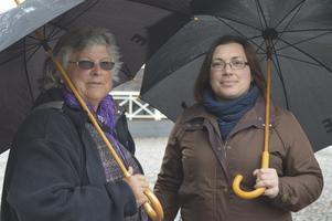 Verity Tidmarsh och Carol Boulton kommer från England och är vana vid regn.
