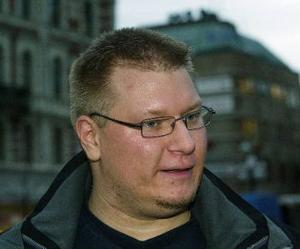 Daniel Ahlqvist, 31år, lärare, Matfors:– En bok som heter Bibliotekarien. Kommer inte ihåg vad författaren heter.
