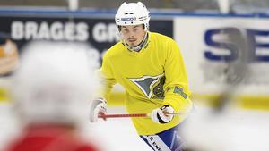 Nyförvärvet Fredrik Rydberg från Tillberga har redan på försäsongen visat sin målfarlighet i Västanfors.