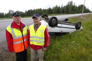 Okänd olycksfaktor. Var fjärde trafikolycka beror på att föraren somnat vid ratten, konstaterar Motormännens Erik Eisen och Lennart Kjellin.