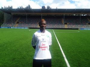 Bernard Dong Bortey har gjort sex landskamper för sitt Ghana. Nu är han Ånges senaste nyförvärv.