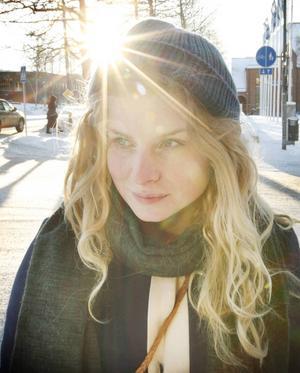 Clara Bodén bor och verkar med Rödön och Östersund som bas.