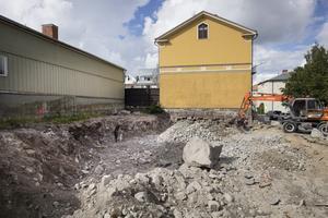 Nytt hyreshus i Hudiksvall byggs av Robert Fredriksson i kvarteret Gamla skolan.