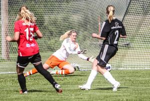 Moheds nyförvärv Lisa Fröjdfeldt. Här i aktion mot just Mohed i Brynäströjan under förra säsongen.