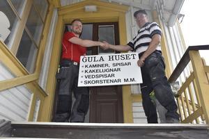 Patrik Eriksson tar snart över hyreskontraktet och försäljningen av kaminer i Gula huset – där det sägs att Cornelis Vreeswijk en gång i tiden skapade
