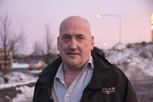Hasse Lööf utsattes för ett våld som flera vittnen beskrev som rått och skoningslöst.