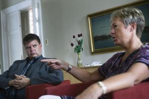 Både Sven-Erik Lindestam (S) och Eva Tjernström (S) är förvånade över att badhustider för kvinnor kunde väcka så starka reaktioner.