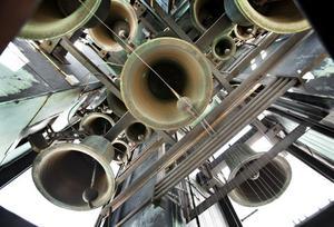 Konsertklockspelet i Gävle rådhus består av 36 klockor, varav den största väger 285 kilo. Det är ett av Sveriges största och har funnits i tornet sedan 1972.
