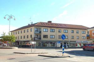 Även Hörnethuset, som har flera butiker och hyresgäster, får ingen fastighetsservice.