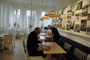 Leksands Kulturhus Bildcafé där det går att beställa bilder och se fotosamlingar.