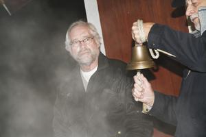 Det nya året ringdes in av Sigvard Ödmans skeppsklocka.