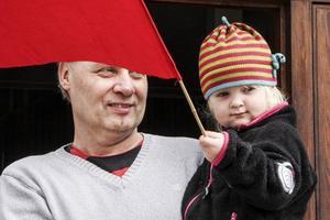 Håkan Hammarström och dottern Ella.