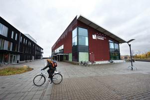 Studenternas Hus Tenoren blev inte riktigt vad det var tänkt. Nu har Högskolan Dalarna sagt upp hyresavtalet.