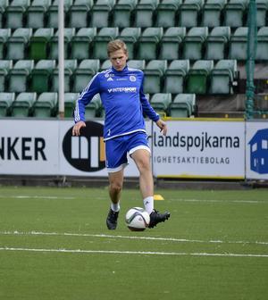 Joakim Nilsson ryktas vara aktuell för utländska klubbar. Samtidigt jagar hans GIF Sundsvall ett förnyat allsvenskt kontrakt.