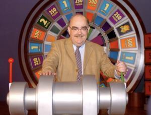 """När det begav sig. Bingolottoprogrammet var som populärast under Leif """"Loket"""" Olssons programledartid (1991-1999), Därefter gick programmets tittar- och försäljningssiffror ner. Men lottförsäljningen har ökat igen under senare år.Foto: BOBBO LAUHAGE/Scanpix"""