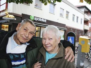 Cyril Goldsmith från Cambridge i England och Gunnel Nordin från Sala, men född och uppvuxen i Hed norr om Kolsva, blev ett par mot alla odds.