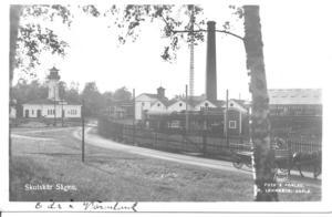 Sågverket startades 1868 och var landets största. Det lade ner 1987.