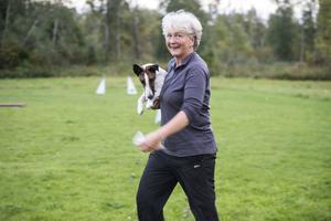 Maria Granberg med lappsk vallhund, Piiro.