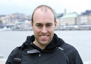 Jörgen Brink ser till att firandet blir stjärnspäckat.