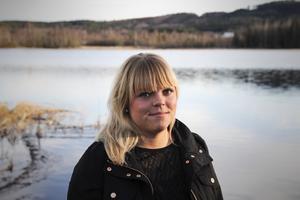 Vanja Wiklund fick diagnosen endometrios när hon var 17 år gamal – då hade hon sökt hjälp för menssmärtor i fem år.