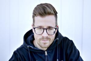 Jonas Hjälsten från Kungsgården driver ett måleriföretag i Sandviken.
