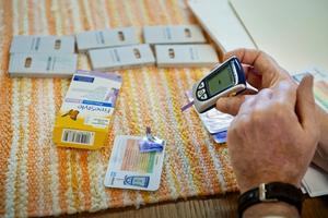 Hjälpmedel för att mäta blodsockerhalten hos diabetessjuka.