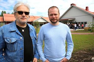 Projektledare Mats  Jansson och Petter Elfqvist, teknisk förvaltare Mora kommun är mycekt nöjda över det nya, toppmoderna äldreboendet.