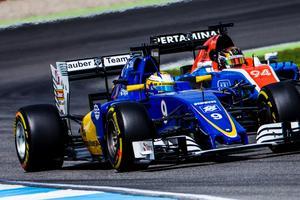 Marcus Ericsson var snabbare än Manorföraren Pascal Wehrlein på båda fredagens träningspass på Hockenheim.