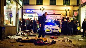 Efter självmordsbombaren på Bryggargatan i centrala Stockholm den 11 december 2010.