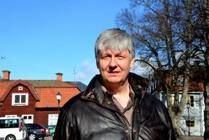Ulf Hansson berättar att Hedemora kommer att tappa cirka 50 invånareäven nästa år, enligt prognosen. Men det är ändå ett bättre resultat än tidigare.