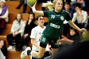 Ida Näslund, född 1994, verkar bli HHK:s äldsta spelare inför division 1-säsongen som inleds på söndag.